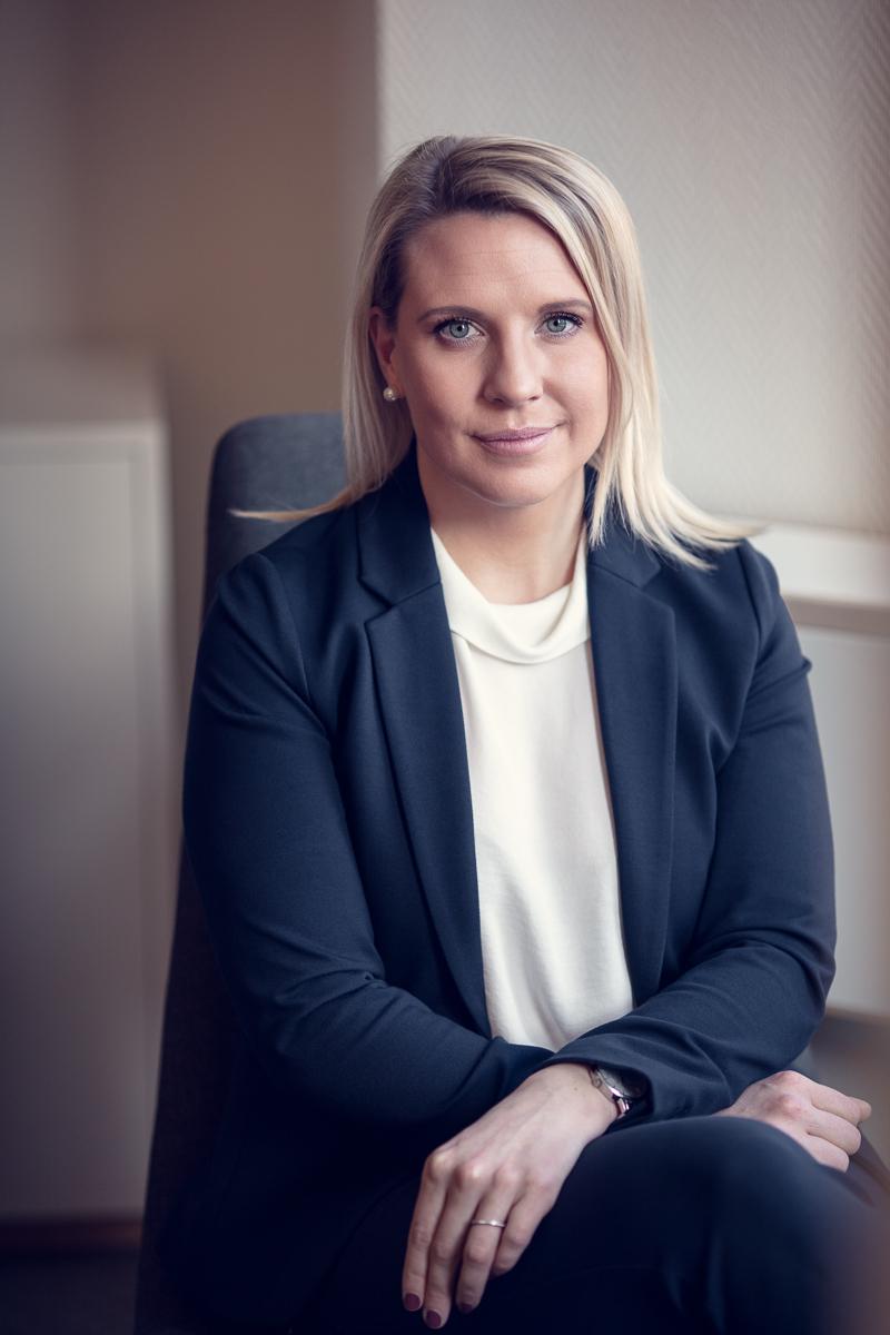 Porträtt av Kvinna som jobbar på swedbank