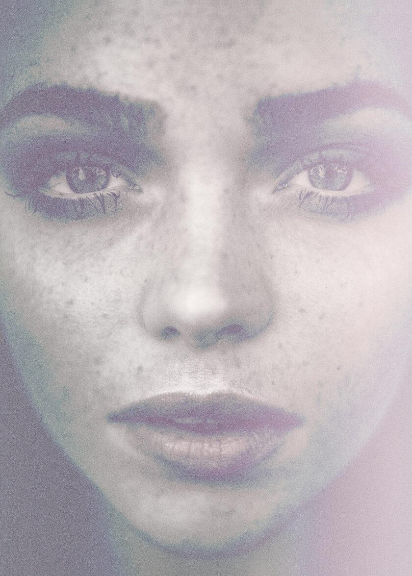 Närbild av kvinnas ansikte