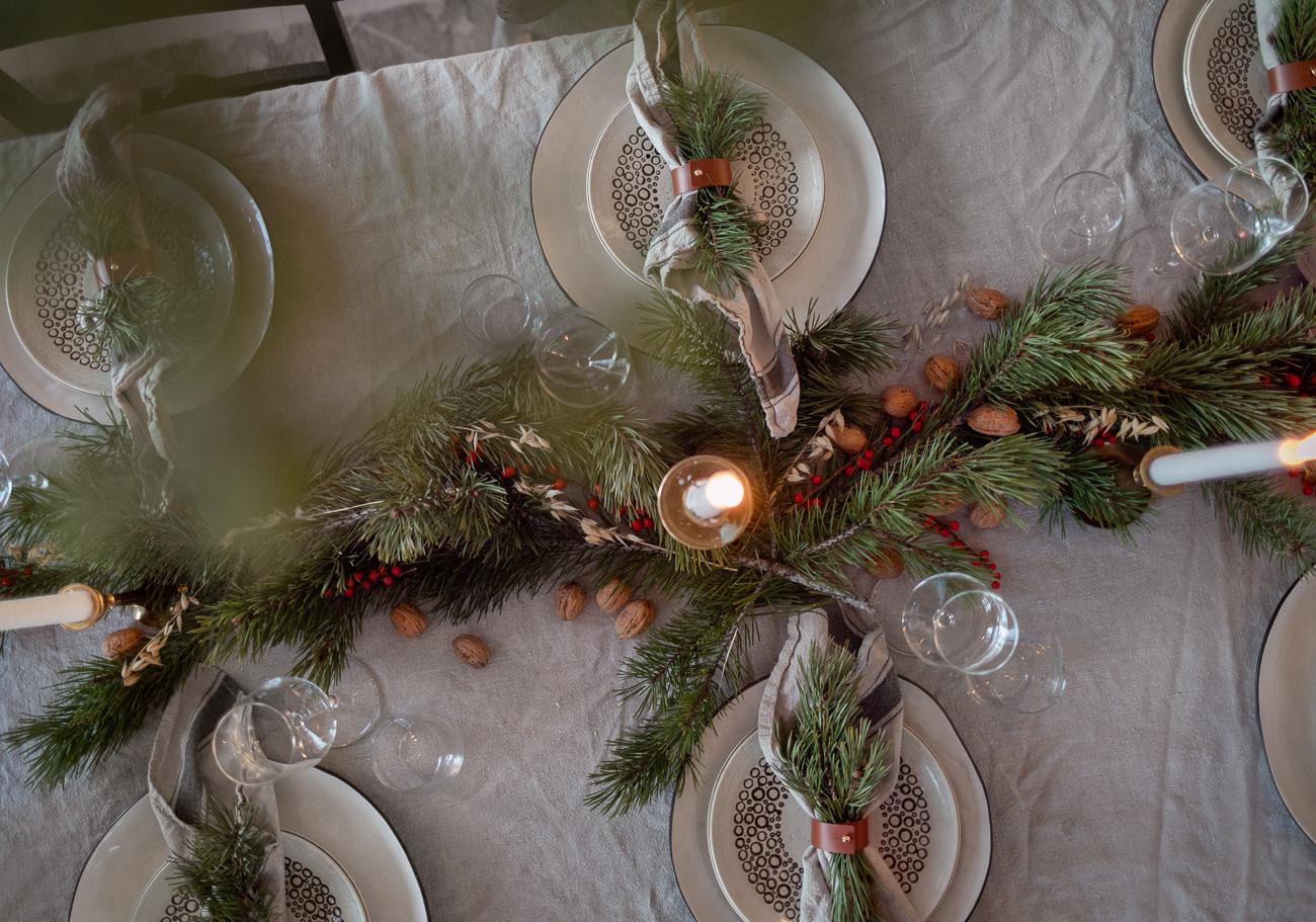 juldukning på ett bord